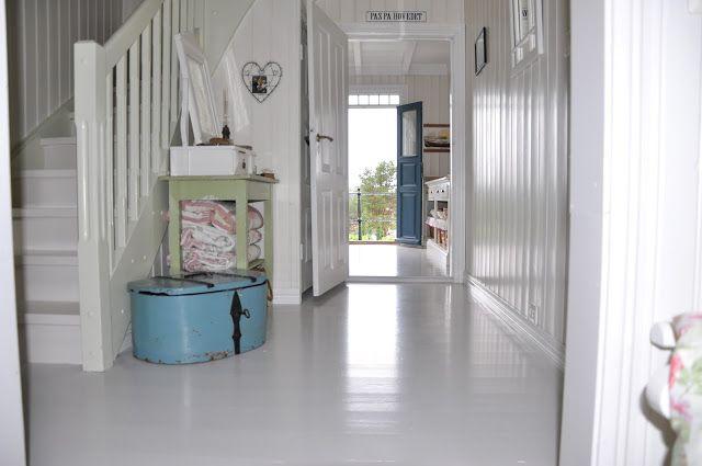 Husmannsplassen i Hidlesundet: Gulvene er malte