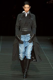 I don't care that this is from 2009... bf jeans, waist cinching, trench coat... TDF. LYRA MAG.: G-STAR RAW MEN'S & WOMEN'S FALL/WINTER 2009