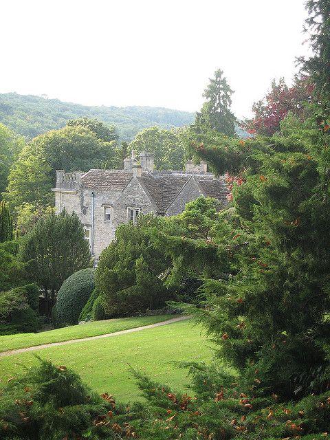 Iford Manor gardens, Wiltshire