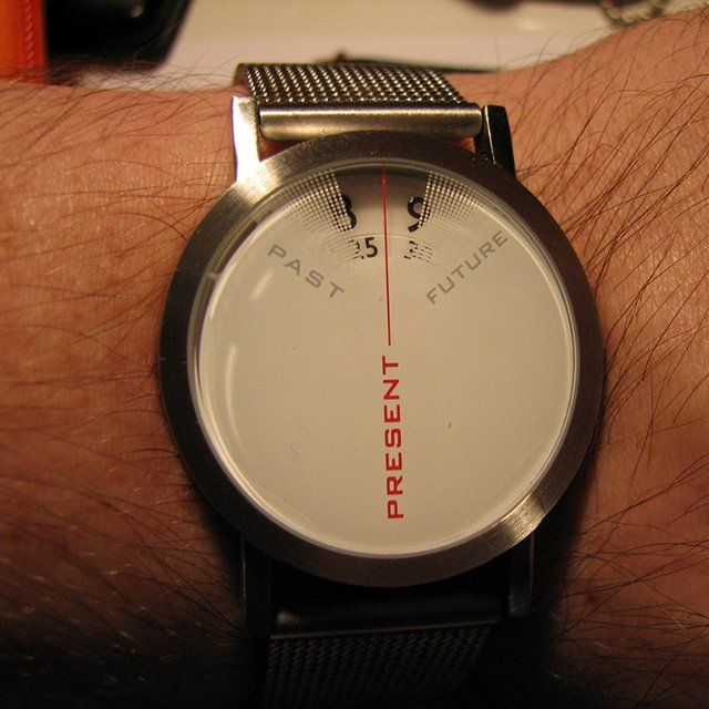 I love the idea of this watch. Just focusing on the now. Leaving the past to the past and not worrying about the future
