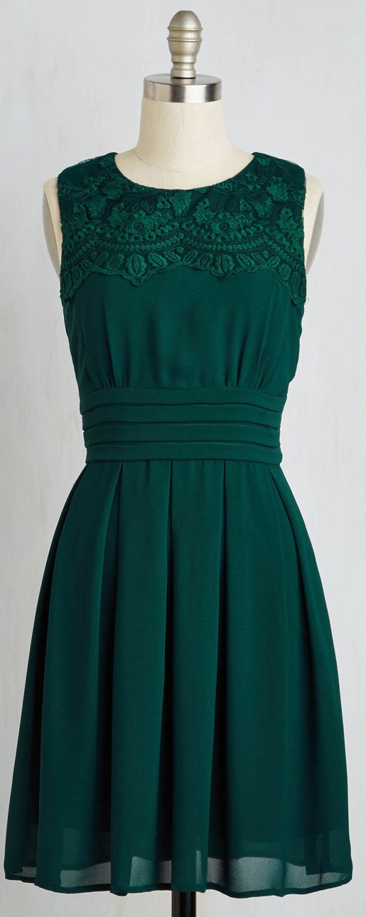 embroidered deep emerald dress. Cute! And what a lovely color!! I'd prefer a little longer...but so sweet!
