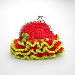 Free Crochet Patterns: Free Crochet Bags, Purses  Coin Purses Patterns - heel veel leuke patroontjes!