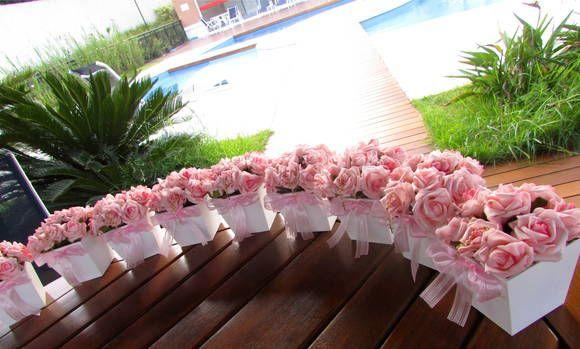 lilas,roxo,laranja,rose e pink! Voce escolhe tambem a cor da fita R$