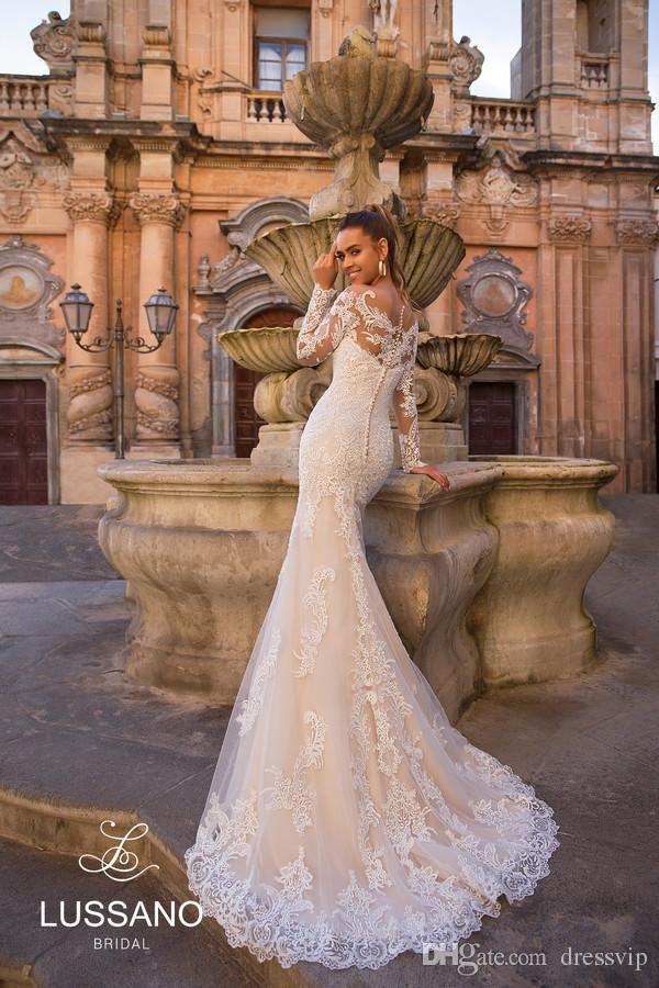 b26b9e5ed436a Mermaid Wedding Dresses With Detachable Train Off The Shoulder ...