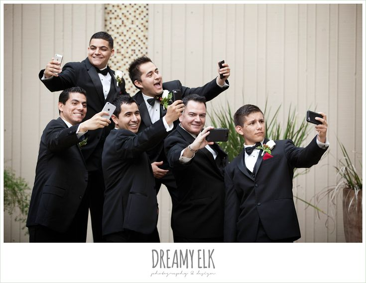 funny groomsmen photo, selfie, dreamy elk photography and design