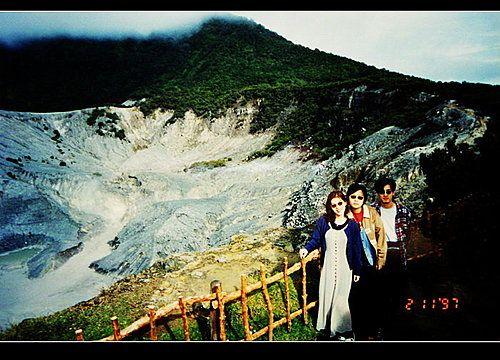 印尼Indonesia~萬隆~覆舟火山Tangkuban Perahu ~零距離欣賞活火山~鼻、我、永華(3) @ 燕青大美女部落格 :: 隨意窩 Xuite日誌