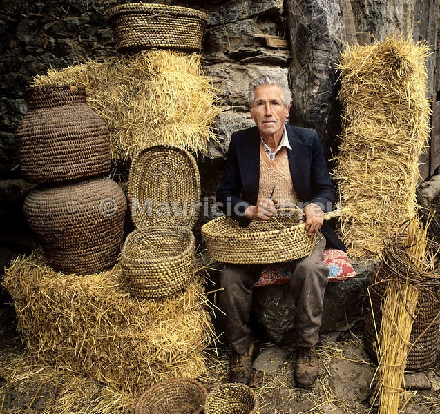 Basketmaker of Trás-os-Montes, Portugal