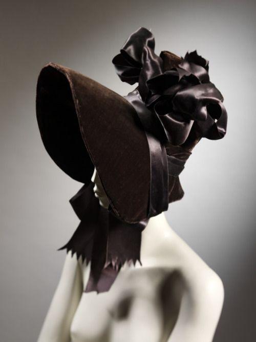 Bonnet1830The Victoria & Albert Museum
