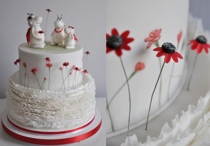 Wedding cake by CakesVIZ - http://cakesdecor.com/cakes/262714-wedding-cake