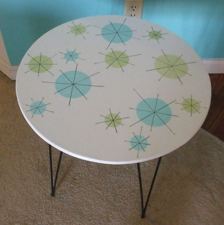 MID CENTURY MODERN BLACK WIRE ATOMIC STARBURST TABLE