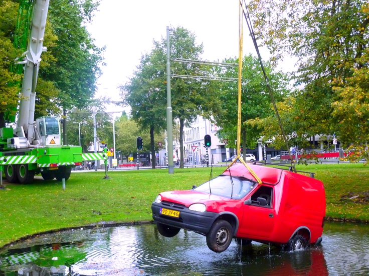 auto uit water