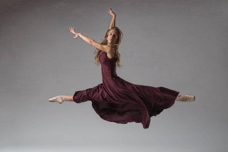 Fotos de ballet en estudio. sesión con la bailarina Yara Landa, del conservatorio municipal José Uruñuela, de Vitoria-Gasteiz. #ballerina #dance #photography