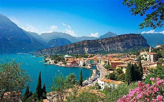 Lake Garda - the largest lake in Italy. It is a popular holiday location and is located in northern Italy, about half-way between Brescia and Verona, and between Venice and Milan.
