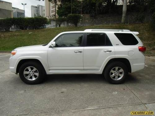 toyota 4runner limited v6 4x4 - automatic  i want to have this for my blessing...hope this year....