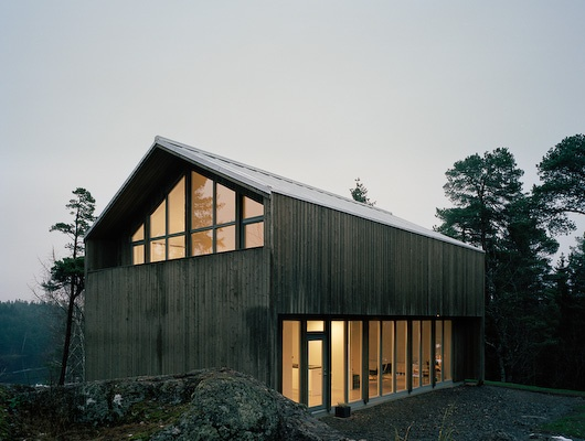 17 best images about horizontal architecture on pinterest for Barn style prefab homes