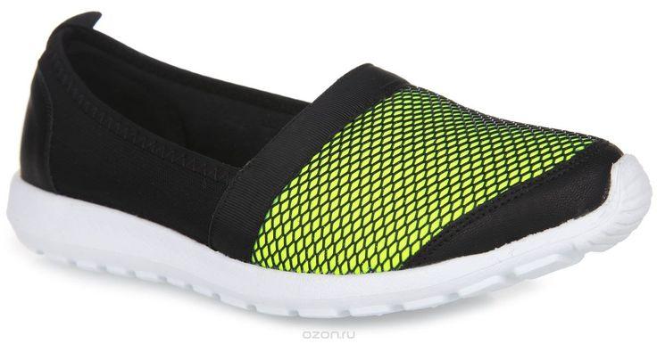 Туфли спортивные женские. 6634S-1-1SСтильные спортивные туфли от Daze станут изюминкой вашего образа. Модель выполнена из синталина и дополнена вставками из искусственной кожи. Спереди обувь оформлена сеткой из искусственных материалов и блестками, на заднике - ярлычком для более удобного надевания обуви. Подкладка из синталина и стелька, изготовленная из текстильного материала, обеспечат комфорт и предотвратят натирание. Подошва из легкого материала ЭВА оснащена рифлением, обеспечивающим…