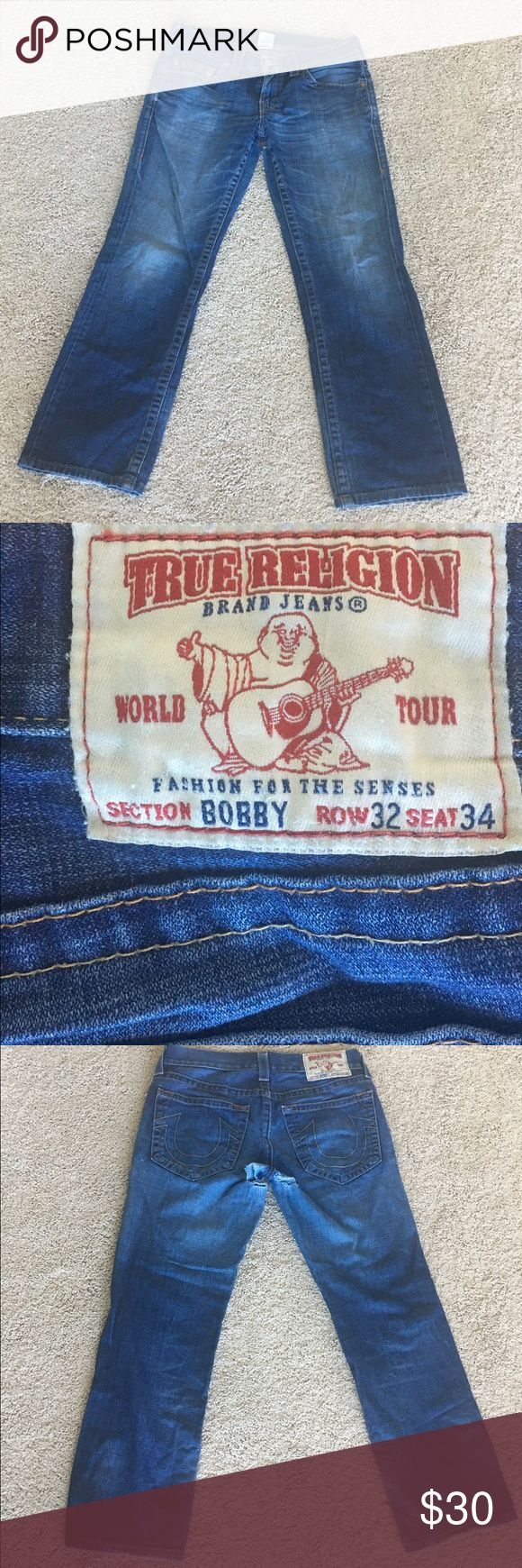 True Religion jeans Sz 32 Men bobby Authentic true religion Jean size 32 seam 34. Section: bobby... it does have a defect (hole), please look at the last picture. True Religion Jeans Bootcut