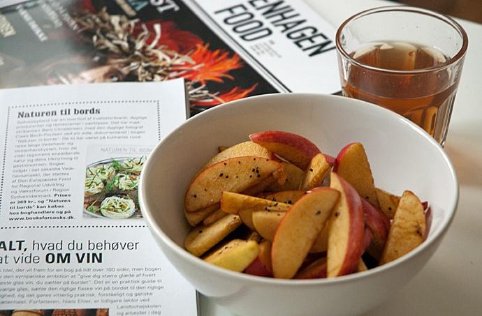 En sund snack – æbler med lakrids