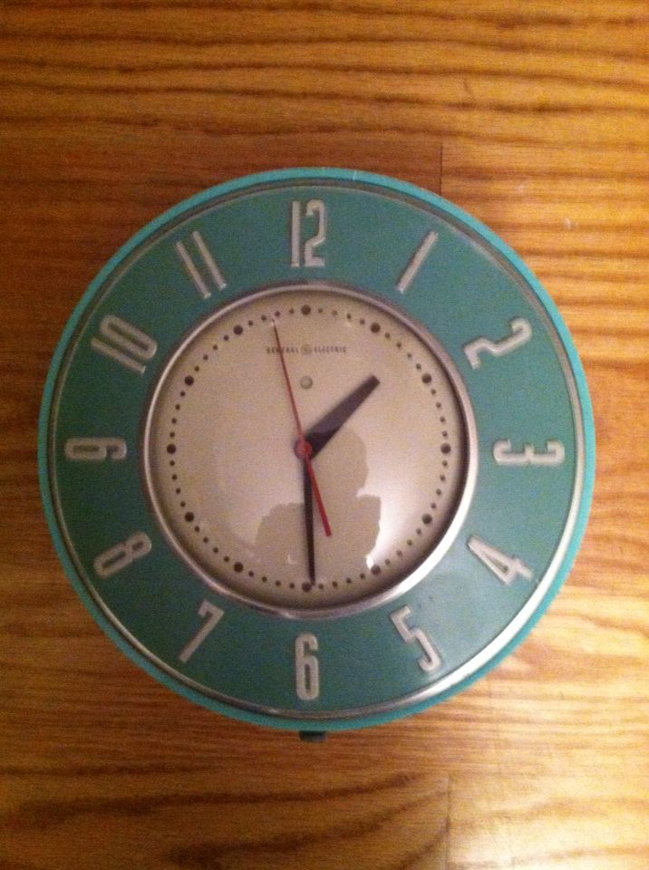 General Electric Kitchen Clock