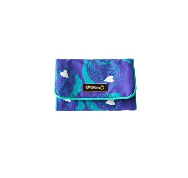 Protect precious jewellery when travelling or on-the-go. Made from hand-woven 100% pure silk, this luxury travel jewellery roll fits neatly in your handbag.