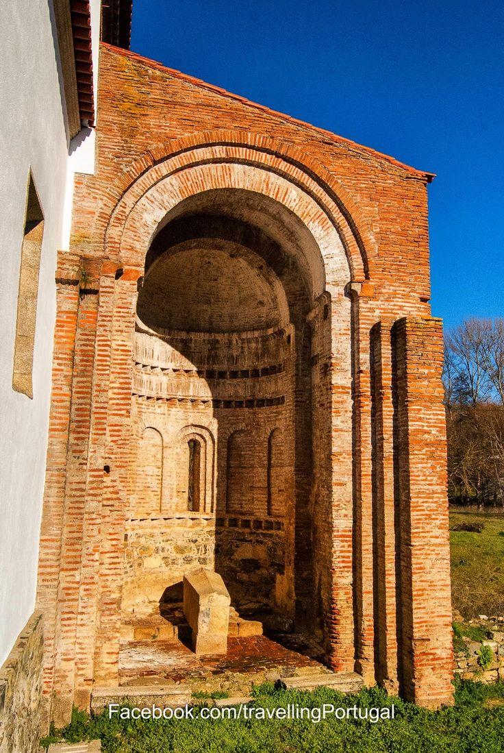 Monasterio de Castro de Avelãs en Bragança | Portugal Turismo (shared via SlingPic)