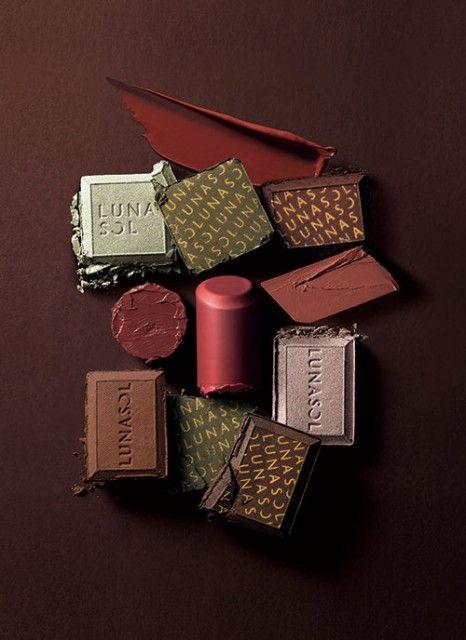 チョコを食べた時のとろ~ん顔を作る♡LUNASOLの最新秋コスメ!|MERY [メリー]