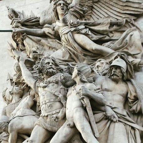 Scene from side of the Arc de Triuomphe, Paris. Taken by wendy bennett. www.instagram.com/wendybennettartist