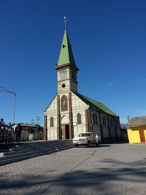 Iglesia de Guayacán, Coquimbo - Iglesia católica ubicada en sector Guayacán, bahía La Herradura, Co ... - http://turistips.com/iglesia-de-guayacan-coquimbo/