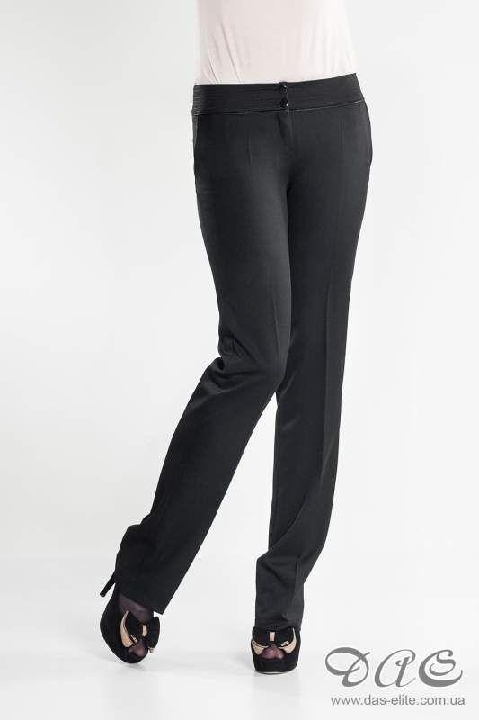 На двойку: блестящие ткани, мешковатые брюки, баски и супермини
