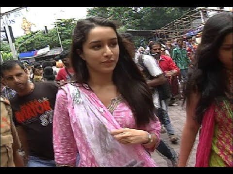 Shraddha Kapoor visits Siddhivinayak Temple for blessings.