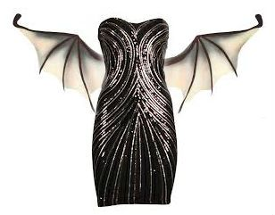 een jurk met vleermuis vleugels zodat je elk moment kan weg vliegen (opdracht 3)