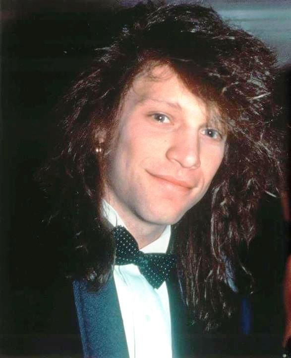 Jon Bon Jovi at Golden Globes in 1991 (??) for Blaze of Glory soundtrack from 1990 wearing a rented tuxedo that he joked he couldn't wait to take off and return