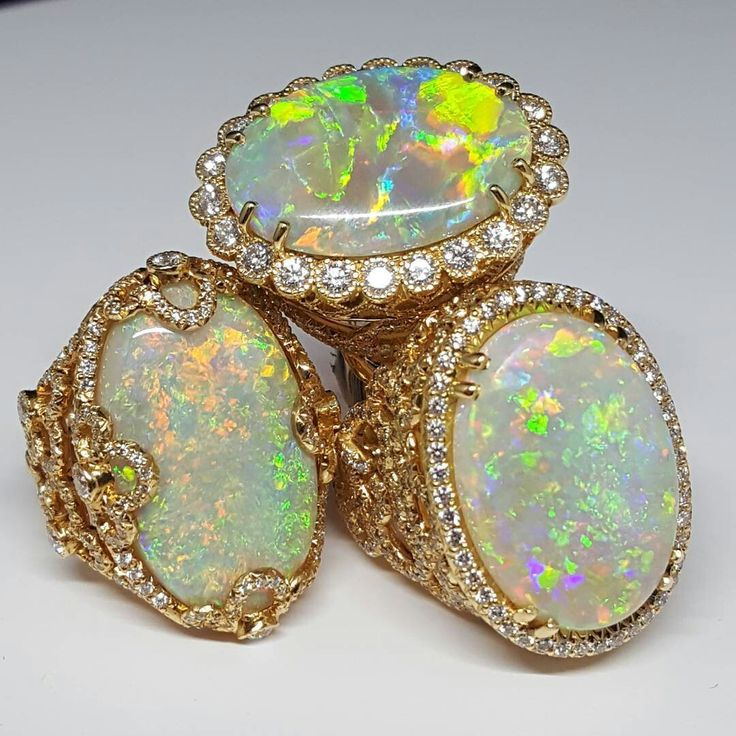 @ericacourtneyjewels continues of her domination at Jack Lewis with RIDICULOUS opals. RIDICULOUS!!! #RidiculousOpals #Opals #AustralianOpal #JackLewisJewelers