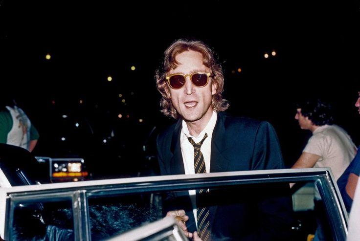 Handwritten John Lennon Letter Sells For $28,000 at Auction