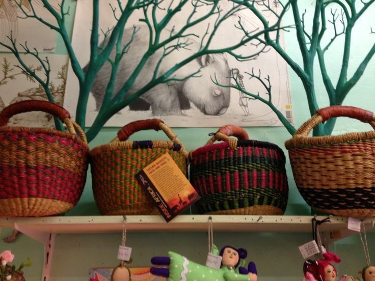 Small elephant grass baskets - perfect for kids or handy to carry your lunch in too.
