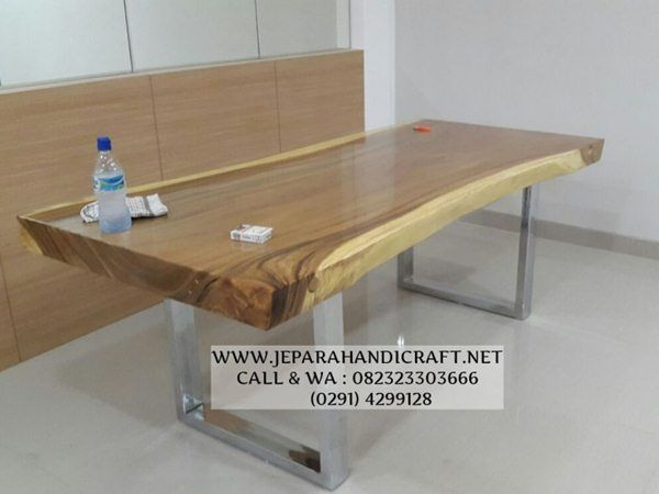 Model Meja Makan Solid Kaki Besi Stainless