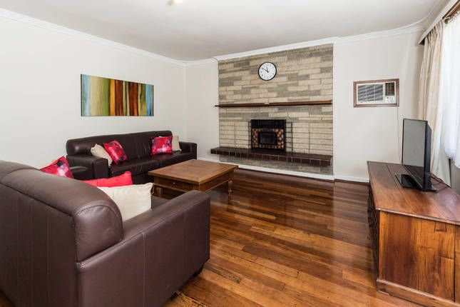 Cosy Lodge Thornlie - comfort at value price. House in Thornlie, WA  From $140 per night min stay 3 nights
