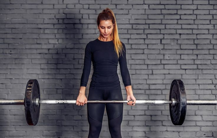 Exactly How to Lift Heavy Weights to Sculpt Muscle and Get Seriously Strong