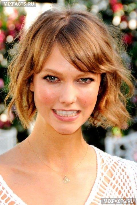 Короткие стрижки для женщин: укороченный боб на волнистые волосы
