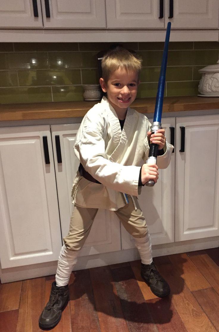 Loey as Luke Skywalker