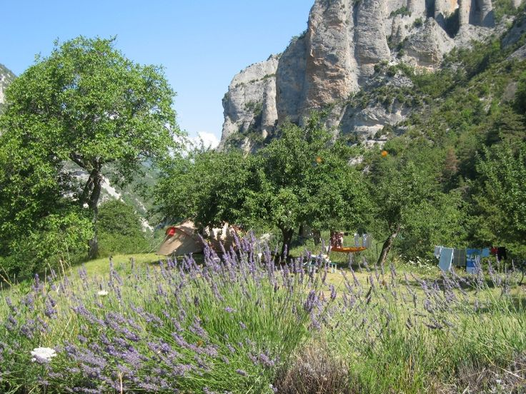 Aire Naturelle de Camping à la ferme de Pommerol Pommerol - Drôme Tourisme