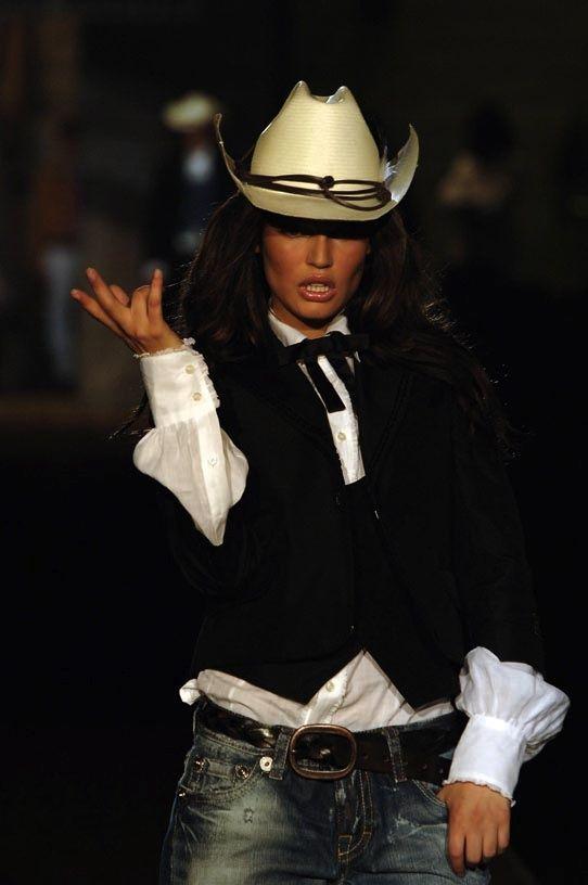 Cowgirl Chic  <3 Cowgirls & Western Wear