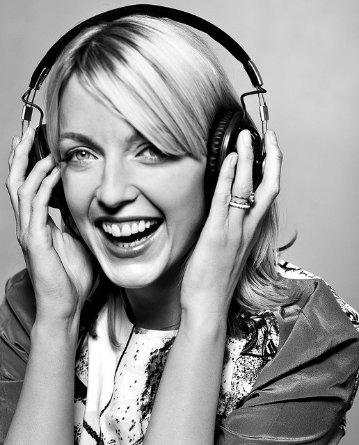 Lauren Laverne by Phil Sharp., via Flickr