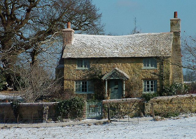 This cottage from the film The Holiday inspires me to find a cottage in the English countryside as a winter retreat.