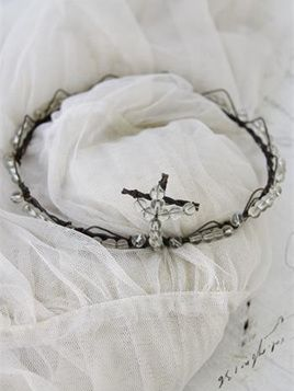 Jeanne d'Arc Living Crown with Cross