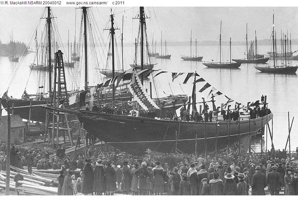 The Bluenose 1,launched March 26,1921 in Lunenburg,Nova Scotia.