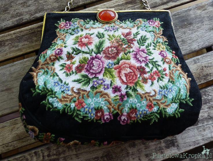 http://pastelowakropka.pl/retro-style/53-retro-roze