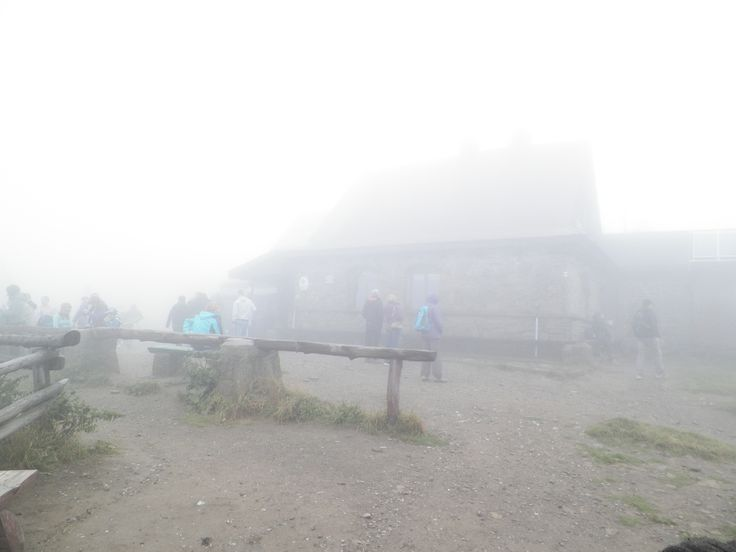 Połonina Wetlińska we Mgle. Chatka Puchatka. Bieszczady Mountain Poland 2015. #Bieszczady #Mountain #PołoninaWetlińska