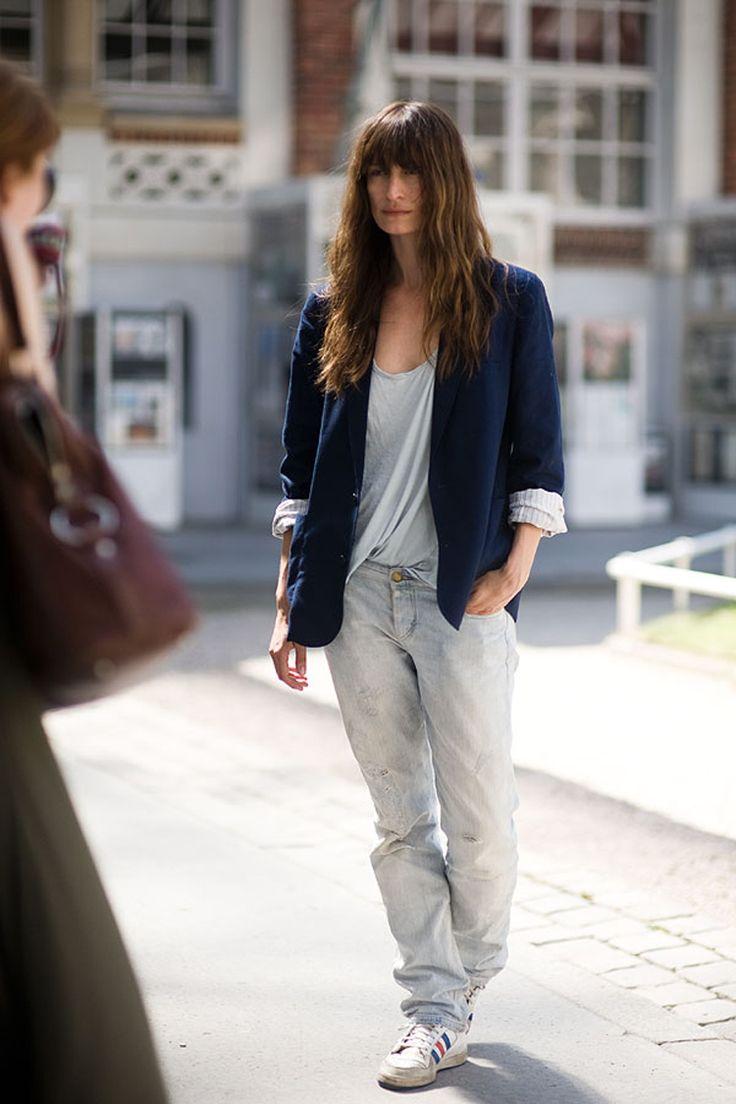 la-modella-mafia-Caroline-de-Maigret-model-off-duty-street-style-Paris