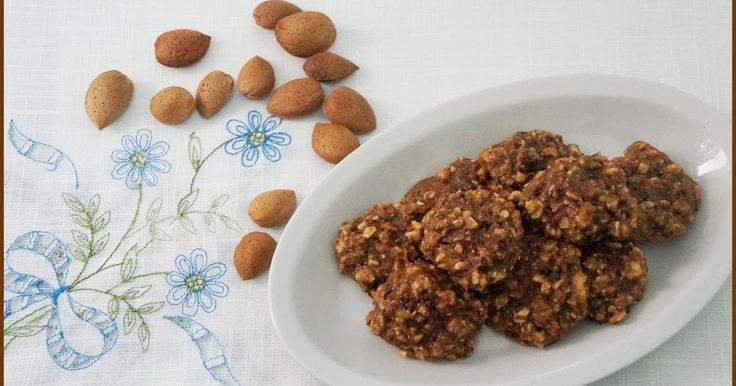 Biscotti integrali alle mandorle vegan - Ricette di non solo pasticci